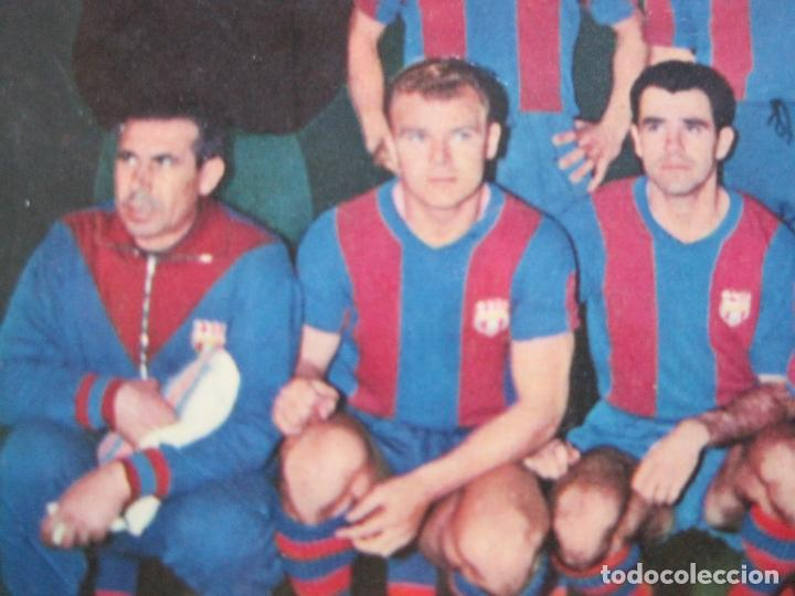 Coleccionismo deportivo: FC BARCELONA-PLANTILLA TEMPORADA 1961-KUBALA-LUIS SUAREZ-RAMALLETS...ETC-POSTAL ANTIGUA-(71.073) - Foto 11 - 206928441