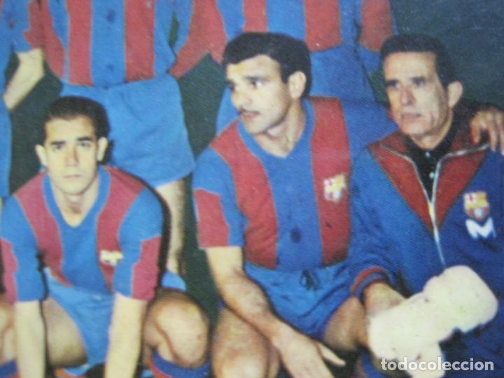 Coleccionismo deportivo: FC BARCELONA-PLANTILLA TEMPORADA 1961-KUBALA-LUIS SUAREZ-RAMALLETS...ETC-POSTAL ANTIGUA-(71.073) - Foto 13 - 206928441
