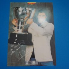 Coleccionismo deportivo: LAMINA DE FUTBOL FIGO DEL F.C.BARCELONA DE DIARIO SPORT. Lote 210098631