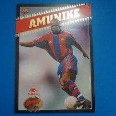 Coleccionismo deportivo: LAMINA DE FUTBOL AMUNIKE DEL F.C.BARCELONA DE DIARIO SPORT. Lote 210099395