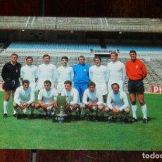 Coleccionismo deportivo: FOTOGRAFIA DEL REAL MADRID CLUB DE FUTBOL, 1968 69, INDUSTRIAS GRAFICAS BERGAS, MIDE 21 X 14,5 CMS.. Lote 210651191