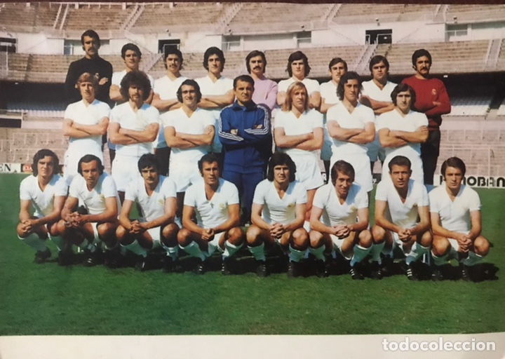 ANTIGUA POSTAL FOTOGRAFIA REAL MADRID TEMPORADA 1974 - 1975 JUGADORES PLANTILLA FUTBOL CF DEL BOSQUE (Coleccionismo Deportivo - Postales de Deportes - Fútbol)
