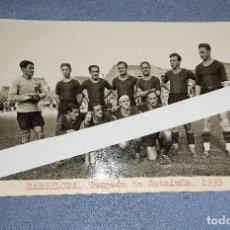 Coleccionismo deportivo: ANTIGUA FOTO POSTAL DE FUTBOL DEL BARCELONA CAMPEON DE CATALUÑA AÑO 1935 ORIGINAL. Lote 236973455