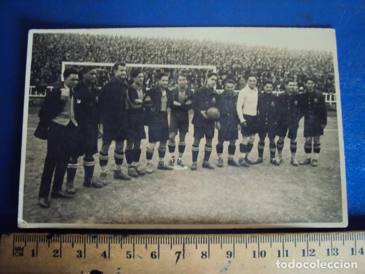 (VP-110)FOTOGRAFIA DE PIERA,ALCANTARA,SAMITIER,F.C.BARCELONA FOOT-BALL AÑOS 20-ARCHIVO VICENÇ PIERA (Coleccionismo Deportivo - Postales de Deportes - Fútbol)