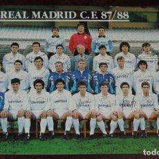 Collezionismo sportivo: ANTIGUA POSTAL GIGANTE OFICIAL PLANTILLA REAL MADRID TEMPORADA 1987 1988 : 21X11 CM APROXIMADAMENTE. Lote 249476990