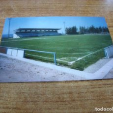 Coleccionismo deportivo: POSTAL CAMPO DE FUTBOL EL TERRALL BORGES BLANQUES C F LES BORGES BLANQUES LLEIDA SIN CIRCULAR. Lote 251300115