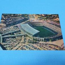 Coleccionismo deportivo: POSTAL ESTADIO DEL F.C. BARCELONA AÑOS 70. Lote 252309610
