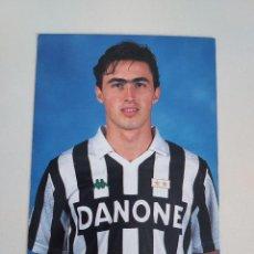 Coleccionismo deportivo: POSTAL OFICIAL DINO BAGGIO JUVENTUS F.C. AÑOS 90. Lote 289658823
