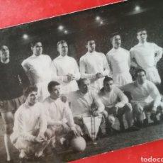 Coleccionismo deportivo: EQUIPO FÚTBOL REAL MADRID AÑOS 60 DI STEFANO PUSKAS GENTO. Lote 268960564