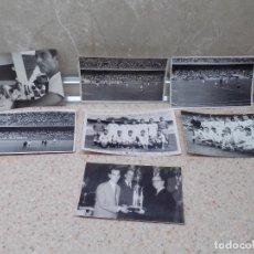 Coleccionismo deportivo: LOTE, 7 FOTOS DEL VALENCIA C.F, PLANTILLA, CAMPO DE JUEGO, ENTREGA DE TROFEO Y COMIDA DE EQUIPO.. Lote 270246103