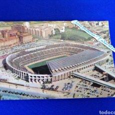 Coleccionismo deportivo: CAMP NOU - F. C. BARCELONA TARJETA POSTAL AÑO 1965. Lote 278959588