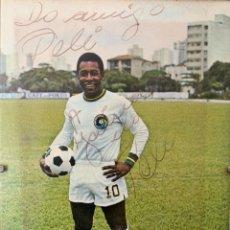 Coleccionismo deportivo: FOTO DEDICADA Y FIRMADA POR PELE. Lote 283184978