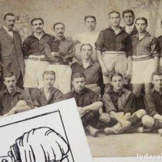 Coleccionismo deportivo: HANS GAMPER - FC BARCELONA 1914 ESPECTACULAR POSTAL ORIGINAL FIRMADA POR JUGADORES Y PRESIDENTE. Lote 286271073
