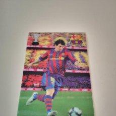 Collezionismo sportivo: POSTAL DE MESSI EN 3D FUTBOL CLUB BARCELONA TARJETA RIGIDA LAMINA. Lote 286845823