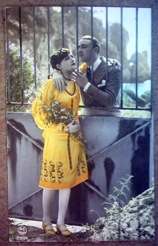 POSTAL FRANCESA , PAREJA ROMANTICA NO CIRCULADA (Postales - Postales Temáticas - Galantes y Mujeres)