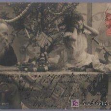 Postales: TARJETA POSTAL ANTIGUA DE MUJERES CON FAMILIA. REVERSO NO DIVIDIDO.. Lote 12720401
