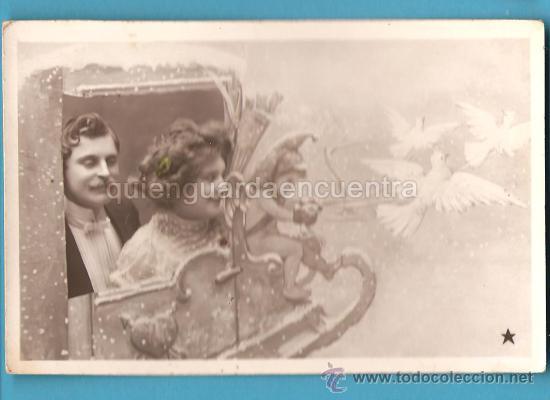 POSTAL GALANTE ROMÁNTICA ANTIGUA, PAREJA CON DUENDE, VBC 3580 (Postales - Galantes y Mujeres)