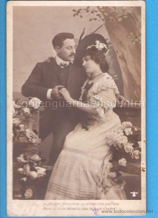 POSTAL GALANTE ROMÁNTICA, PAREJA DE NOVIOS CON MENSAJE EN FRANCÈS (Postales - Galantes y Mujeres)