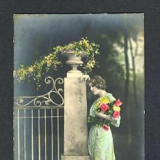 Postales: POSTAL ROMANTICA. MUJER. COLOREADA (NUM.5039/40). Lote 25260794