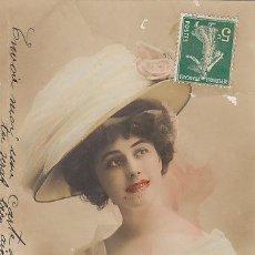 Postales: CHICA CON BONITO SOMBRERO, COLOREADA A MANO, CIRCULADA EN 1911. Lote 28699745