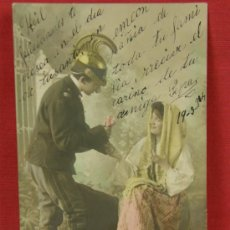 Postales: TARJETA POSTAL B.N.K. COLOREADA PAREJA ENAMORADOS ESCRITA FECHADA 1904 REVERSO SIN DIVISIÓN CENTRAL. Lote 32071732