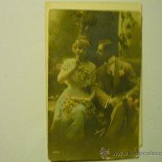 Postales: POSTAL PAREJA ENAMORADOS.- ESCRITA CON FECHA 1912 COLOR.. Lote 33602814