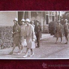 Postales: POSTAL BARCELONA. AÑO 1927. HOMBRES Y MUJERES PASEANDO.. Lote 36561855
