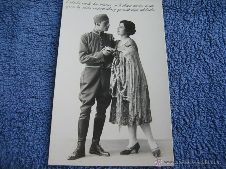POSTAL ANTIGUA: MARGARA, 700-4.- PAREJA DE ENAMORADOS (Postales - Postales Temáticas - Galantes y Mujeres)