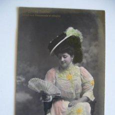 Postales: POSTAL ROMÁNTICA. LENGUAJE DEL ABANICO. ME GUSTAS MUCHO L. BRIA. CIRCULADA 1909.. Lote 43217431