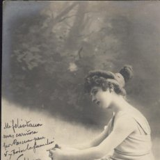 Postales: MUJER PENSANTE. POSTAL ÉPOCA, BLANCO Y NEGRO, CIRCULADA EN 1903. Lote 45114020