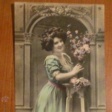 Postales: POSTAL ROMANTICA COLOREADA FRANCESA SOUVENIR. CIRCULADA.. Lote 53650970