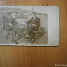 Postales: TARJETA POSTAL HOMBRES SIN CIRCULAR. Lote 55360967
