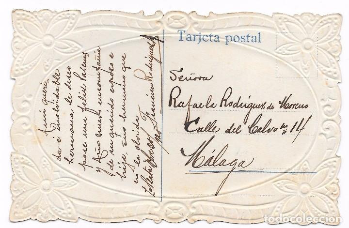 Postales: Postal de felicitación mujer romántica troquelada. 1920 coloreada - Foto 2 - 82938080