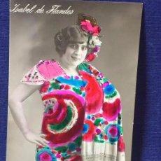 Postales: FOTO POSTAL COLOREADA ANTIGUA ISABEL DE FLANDES MANTÓN DEDICADA SANTO FECHADA 1916 MADRID. Lote 95742899