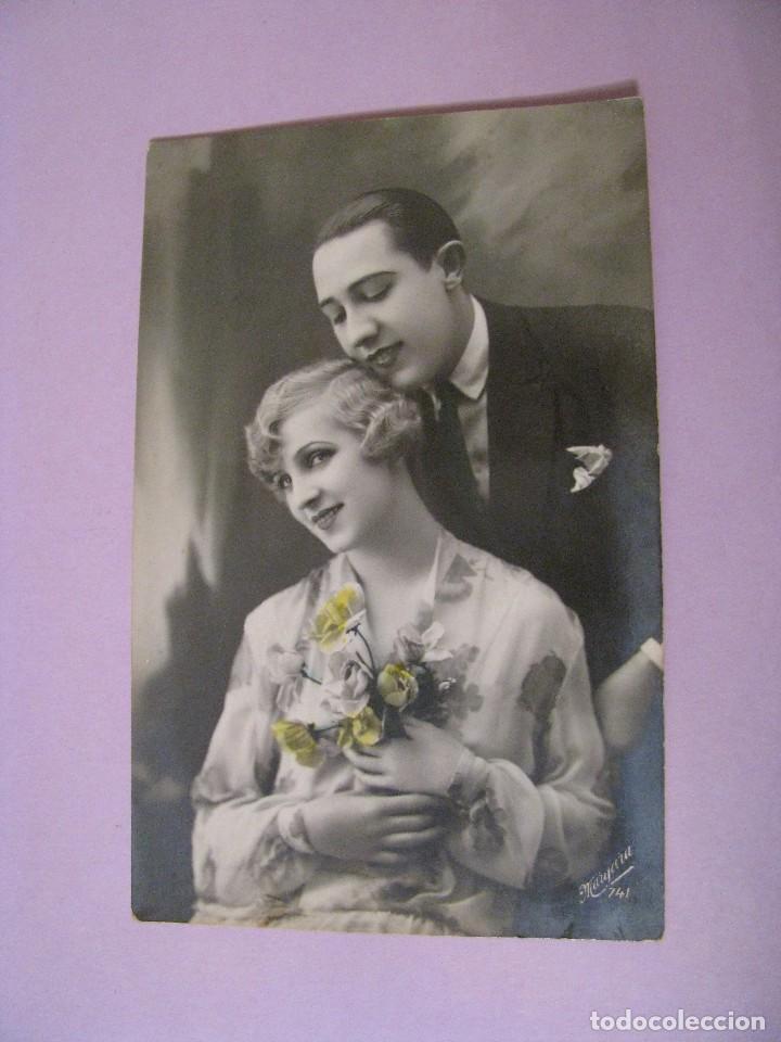 TARJETA POSTAL. PAREJA. ED. MARGARA, ESPAÑA. ESCRITA. 1938. (Postales - Postales Temáticas - Galantes y Mujeres)
