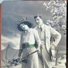 Postales: POSTAL GALANTEO. HOLANDESA. COLOREADA A MANO PARCIALMENTE. CIRCULADA. 1918.. Lote 103036075