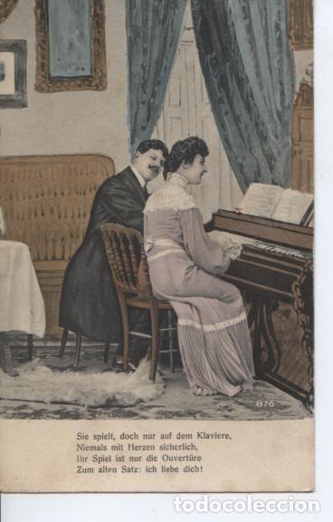 POSTAL ROMANTICA. PAREJA DE ENAMORADOS TOCANDO EL PIANO (Postales - Postales Temáticas - Galantes y Mujeres)