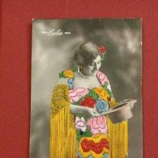 Postales: PRECIOSA POSTAL BORDADA DE LA CUPLETISTA, ARTÍSTA CELIA. Lote 121898575