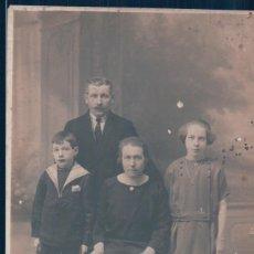 Postales: POSTAL FOTOGRAFICA FAMILIA PERRIN - JUVISY - FRANCESA. Lote 134097962
