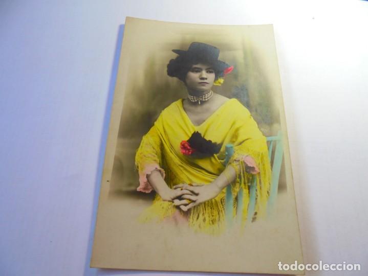 MAGNIFICA POSTAL ANTIGUA SOBRE 1915 DAMA CON MANTON DE MANILA (Postales - Postales Temáticas - Galantes y Mujeres)