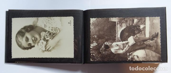 Postales: 45 antiguas postales de felicitación presentadas en una carpeta. Ver fotografías. - Foto 12 - 140505626
