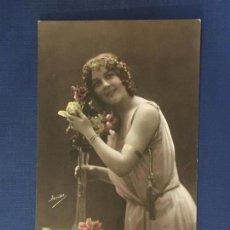 Postales: POSTAL ROMANTICA COLOREADA ED. IRISA 3104. ESCRITA 1915.. Lote 144614982
