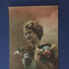 Postales: POSTAL ROMANTICA COLOREADA. ED.IRISA 3235. ESCRITA 1917.. Lote 144615222