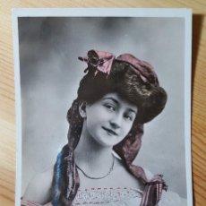 Postales: POSTAL COLOREADA 1905 ARTISTA GLAMOUR RIENYER KE EDITEURS D´ART PARIS SERIE 2095. Lote 150480658