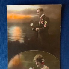 Postales: ANTIGUA TARJETA POSTAL COLOREADA - PAREJA - ED. PC PARIS 32. ESCRITA 1919.. Lote 153396654