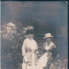 Postales: POSTAL RETRATO FOTOGRAFICO DE 2 MUJERES FRANCESAS DE LA EPOCA - EVIAN - AÑO 1917. Lote 169599004