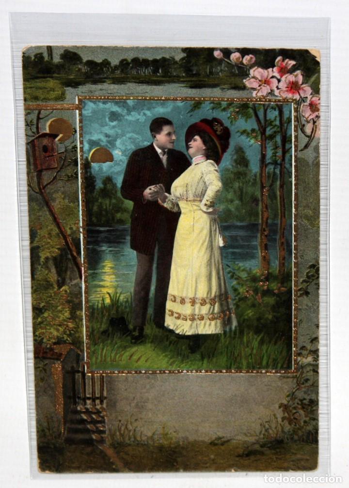 POSTAL MODERNISTA - PAREJA GALANTE EN LA NOCHE - . SIN CIRCULAR. (1910). (Postales - Postales Temáticas - Galantes y Mujeres)