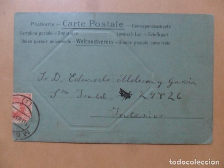 Postales: TARJETA POSTAL CON RESALTE - SEÑORITA ENGALANADA - CIRCULADA 10 DE MAYO DE 1902 - SELLO DE 10 CTS. - Foto 2 - 171132749