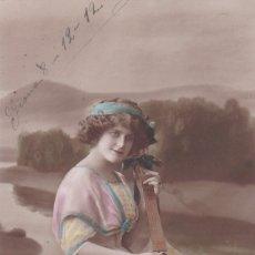 Postales: BELLISIMA SEÑORITA TOCANDO LA BANDOLINA POSTAL CIRCULADA 1912. Lote 176979762