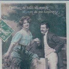 Postales: POSTAL PAREJA - 4188 PC - CIRCULADA 1909 - DOUTEZ DE TOUT AU MONDE ET NON DE MA TENDRESSE. Lote 177339345